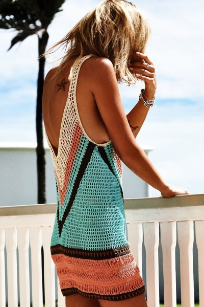 color-block-fishnet-low-back-crochet-tunic-cover-up